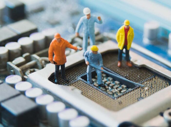 Choosing the Right Circuit Board Cleaning Partner